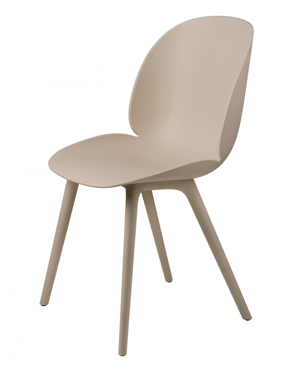 Beetle outdoor dining chair by Gubi