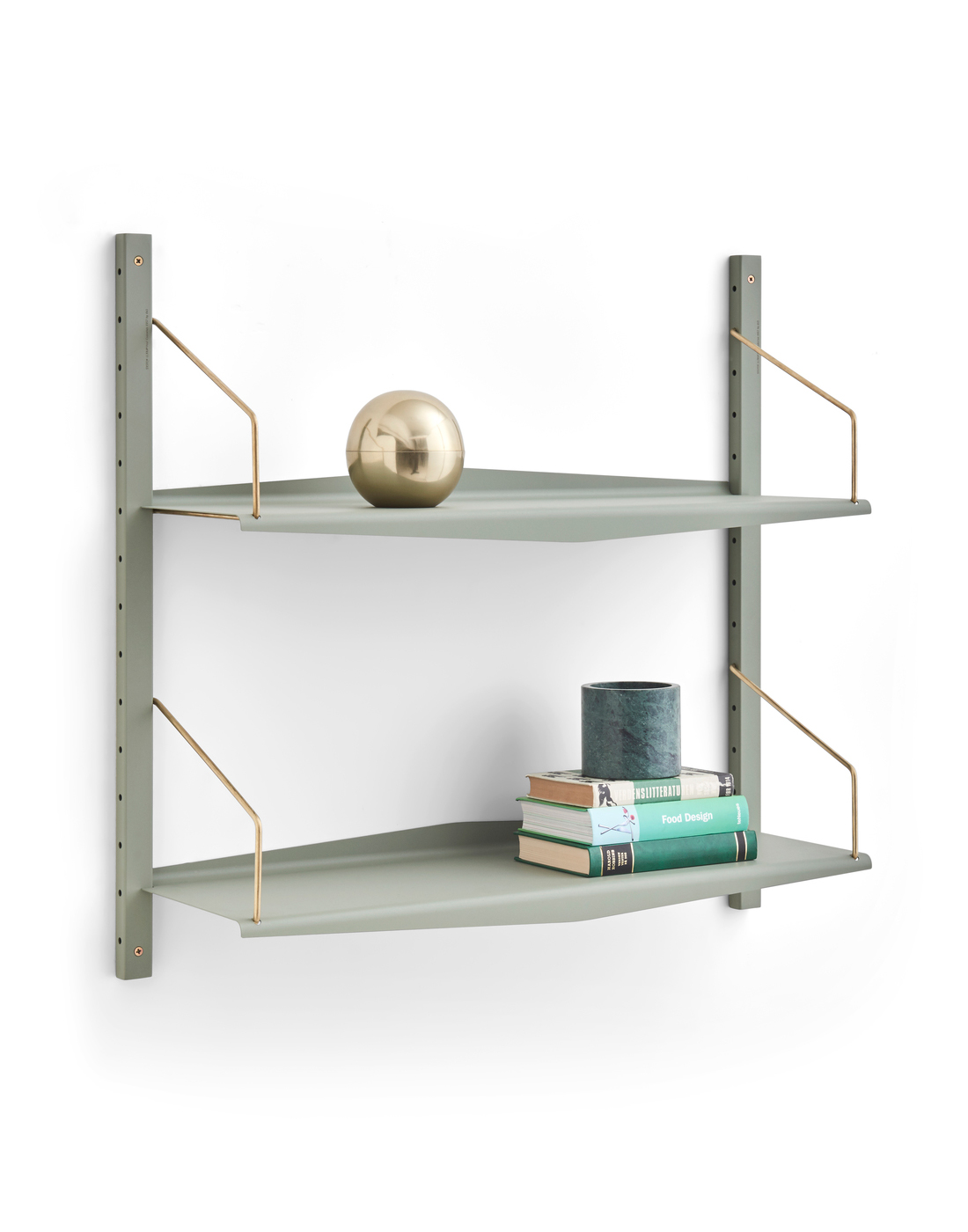 System Ultra shelving system by dk3