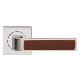 Ski door handle with recess leather