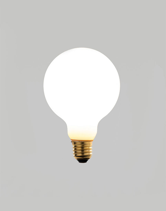Irlam globe LED bulb - eggshell glass