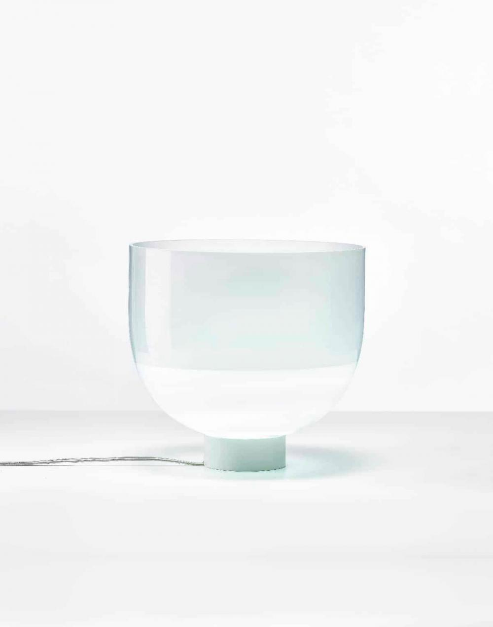 Glowing vase table light