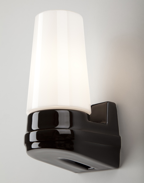 Bernadotte single wall light